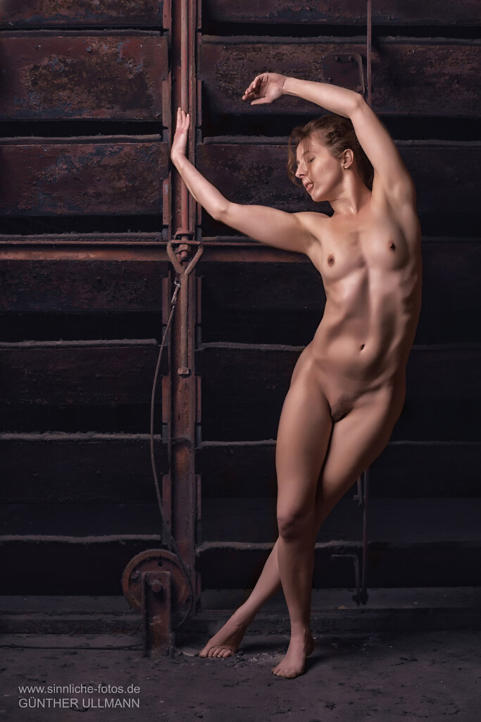 Akt, Wäsche und Erotisches